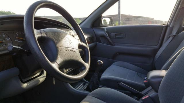 ... 1997 Nissan Altima SE Sedan 4 Door 2 4L With Manual Transmission