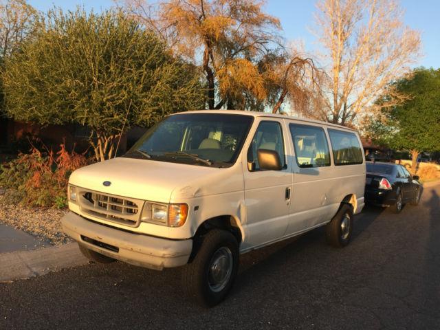 1998 Ford club wagon with wheel chair lift Wheel chair van