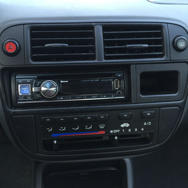 1998 Honda Civic EX Sedan 4-Door 1.6L Silver Automatic with Alpine Radio