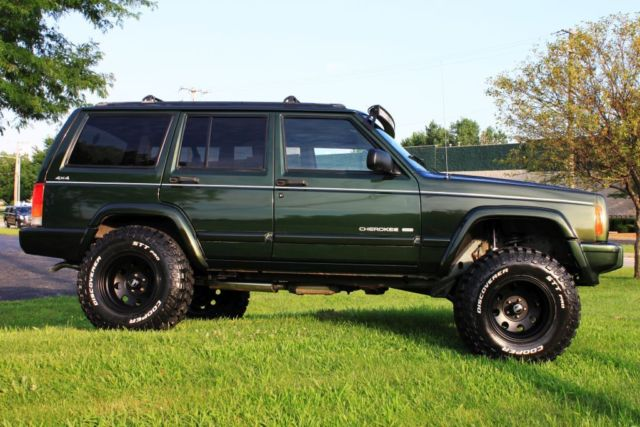 """1998 Jeep Cherokee Xj >> 1998 Jeep Cherokee Limited XJ 70K Low Miles 1 Owner New Lift New 32"""" Tires"""