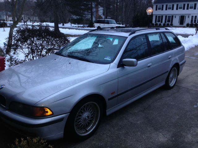 1999 BMW 528i Wagon With Sport Package