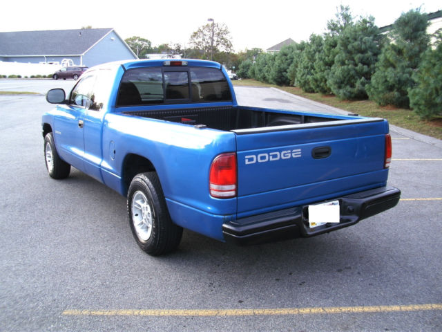 Dodge Dakota Sport Extended Cab L V Automatic Low Miles No Reserve on 1999 Dodge Dakota Sport Specifications