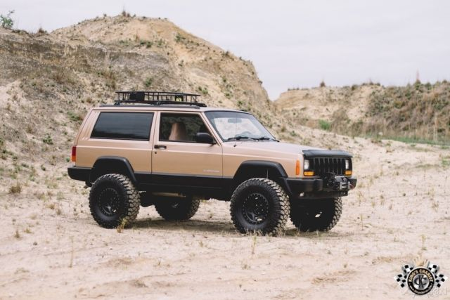 1999 jeep cherokee xj se beautiful garaged sport fresh build 4x4 4wd suv. Black Bedroom Furniture Sets. Home Design Ideas