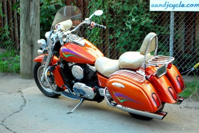 1999 Kawasaki Vulcan 1500 Nomad Custom Paint Scheme With Lots Of Extras