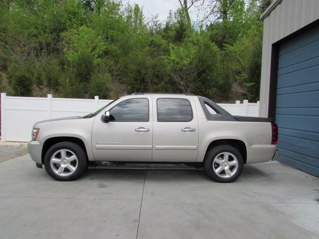 2008 Chevy Avalanche Lt Cars Trucks By Owner | Autos Post