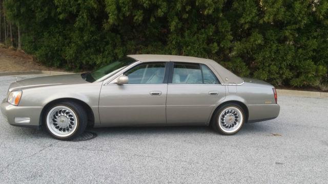 2000 Cadillac DeVille Base Sedan 4-Door 4.6L, Great Condition, Low