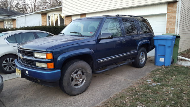2000 CHEVY TAHOE Z71 4X4 4DR ONLY 126K MILES READ DESCRIPTION