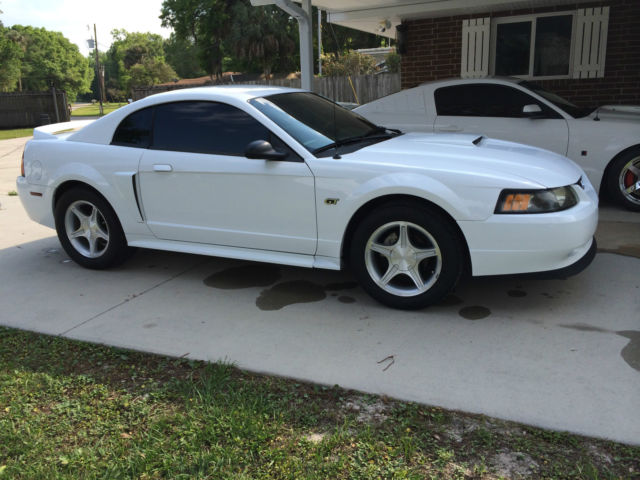 2000 ford mustang gt coupe 2 door 4 6l 5 speed all orignal. Black Bedroom Furniture Sets. Home Design Ideas