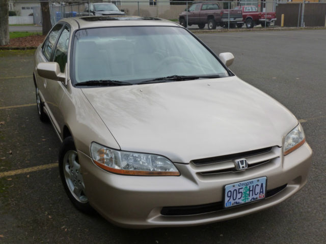 2000 honda accord ex sedan 4 door 2 3l senior owned pristine diamond beauty nice. Black Bedroom Furniture Sets. Home Design Ideas