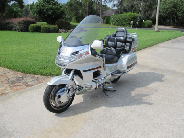 2000 Honda Goldwing Gl1500se 25th Anniversary Edition