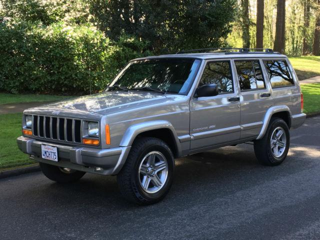 2000 jeep cherokee classic 4x4 4 0l 6cyl 26k original miles beautiful like new. Black Bedroom Furniture Sets. Home Design Ideas