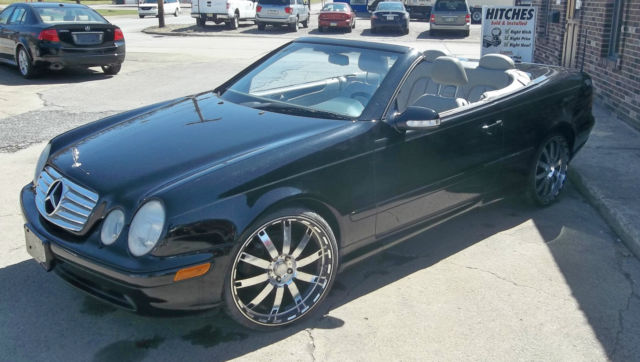 2000 mercedes benz clk430 base convertible 2 door 4 3l. Black Bedroom Furniture Sets. Home Design Ideas