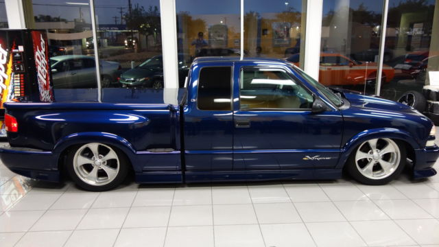 2000 s10 xtreme 4 3 v6 sport truck airbags low miles. Black Bedroom Furniture Sets. Home Design Ideas