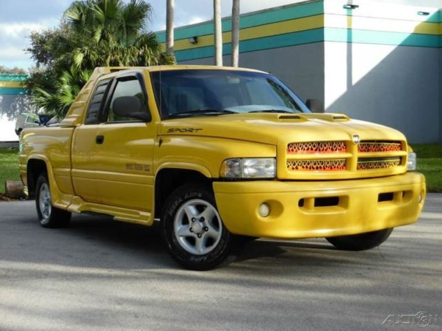 2001 dodge ram 1500 sport quad cab yellow gray 5 9l v8 automatic. Black Bedroom Furniture Sets. Home Design Ideas