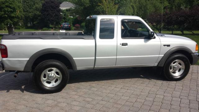 ford ranger xlt extended cab pickup  door