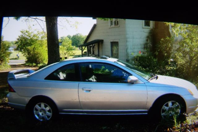 2001 Honda Civic CP Spoiler And Sunroof Car Needs Battery And Tires Read  Details