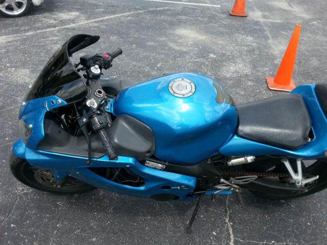 2001 Honda F4i Cbr 600 Racing Stunt Bike