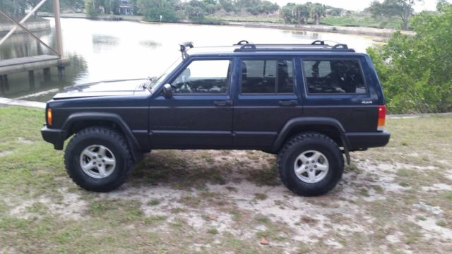 """2001 Nissan Frontier Lifted >> 2001 Jeep cherokee XJ 4"""" LIFT LOW MILES 4X4 ROUGH COUNTRY BID"""