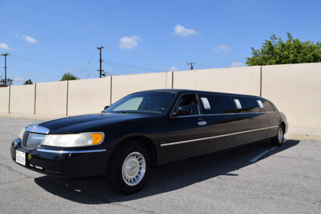 Lincoln Town Car Krystal Coach Stretch Limo Limousine Miles on Used 2007 Lincoln Town Car Sedan Stretch Limo Executive Coach Builders