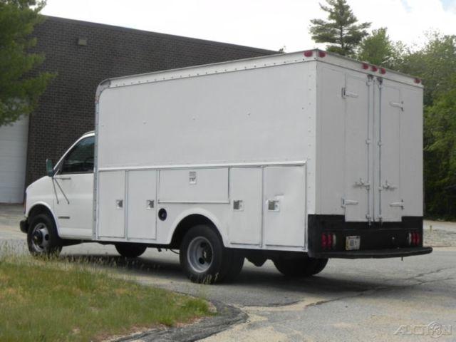 2002 chevrolet express 3500 cutaway box van 14ft 5 7l vortec gas chevy truck ac. Black Bedroom Furniture Sets. Home Design Ideas