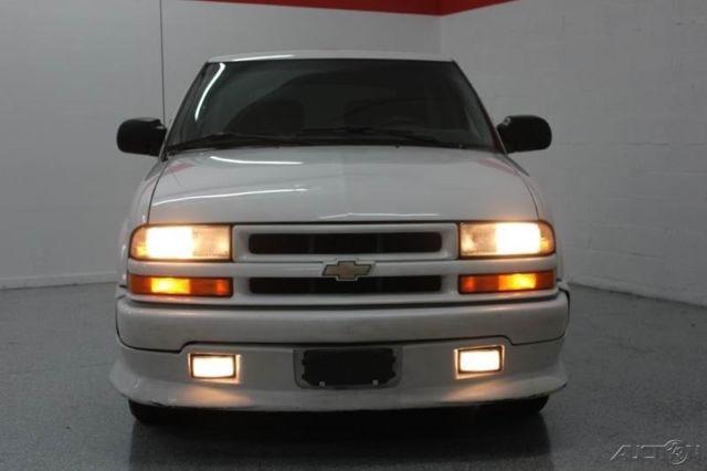 2002 Chevy Blazer Xtreme 4 3l V6 Rare 5 Speed Manual Transmission