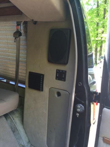 2002 Dodge Ram 1500 Van Base Standard Cargo Van 3-Door 5 2L