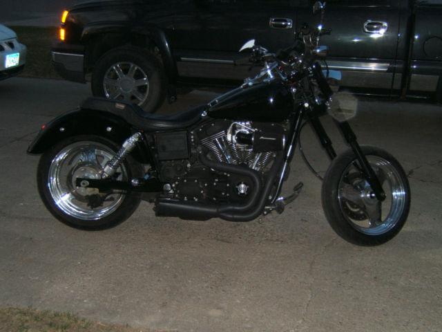 Harley Davidson Dyna Defender Specifications