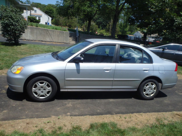 2002 honda civic lx sedan 4 door 1 7l silver gray very nice. Black Bedroom Furniture Sets. Home Design Ideas