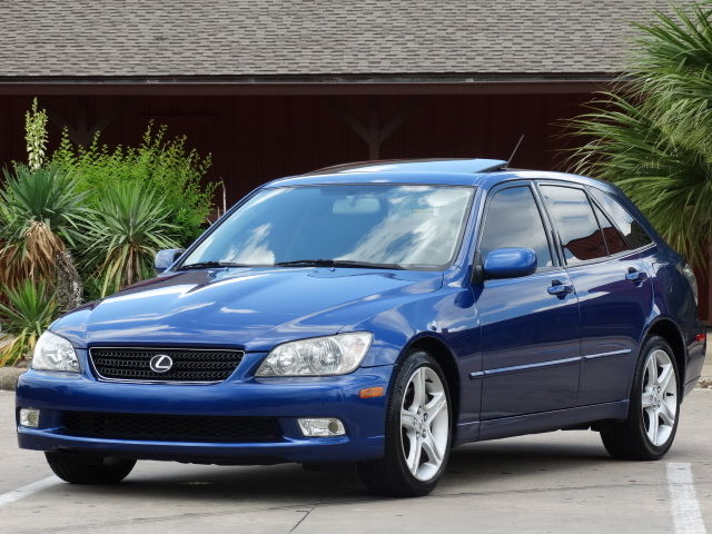 2002 lexus is300 sportcross wagon low miles extra clean serviced