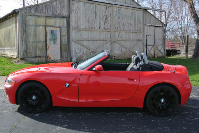 2003 Bmw Z4 2 5i Convertible 2 Door 2 5l Bright Red Black