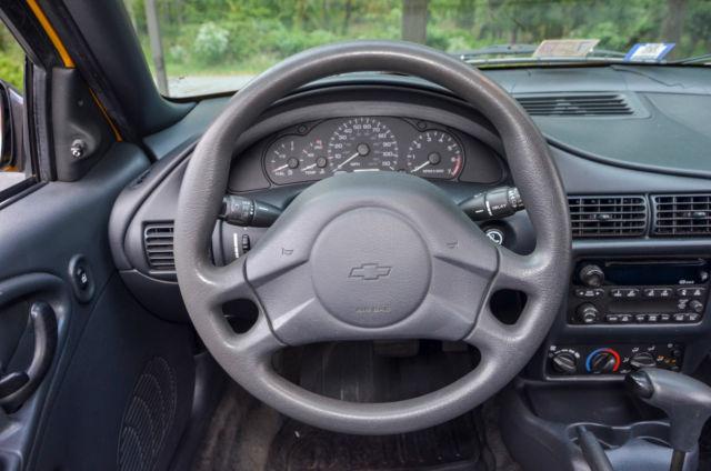 2003 chevrolet cavalier ls coupe 2 door 2 2l vehicles markets com