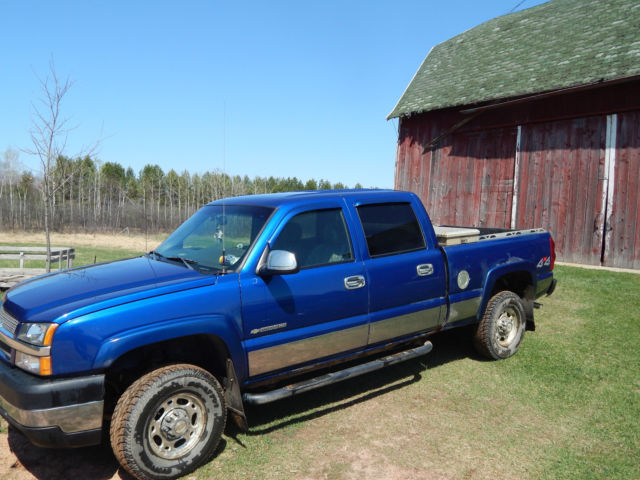 2003 chevy silverado 2500hd crew cab blue color good condition. Black Bedroom Furniture Sets. Home Design Ideas