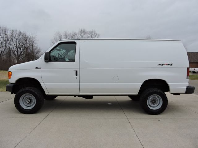 2003 ford e350 quigley 4x4 v10 cargo van 1 owner rust free california no reserve. Black Bedroom Furniture Sets. Home Design Ideas