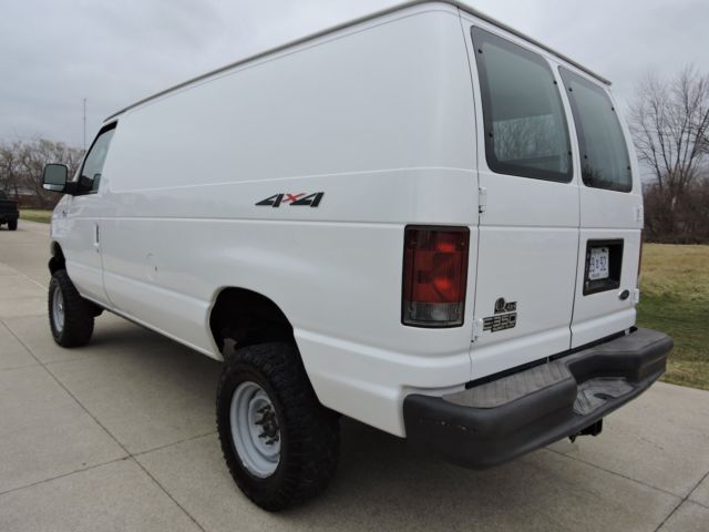 2003 Ford E350 Quigley 4x4 V10 Cargo Van 1 Owner Rust Free