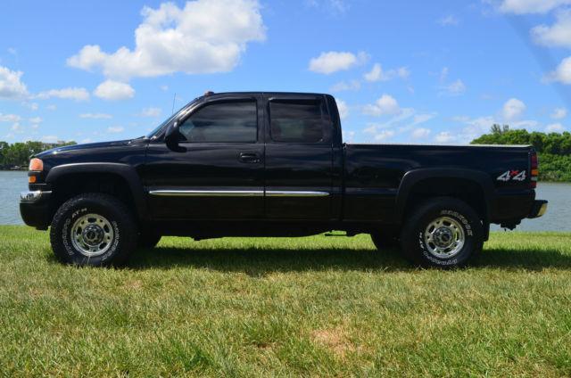 Best Car Leather Cleaner Reviews - Zentiz.com  |Clean Black Truck