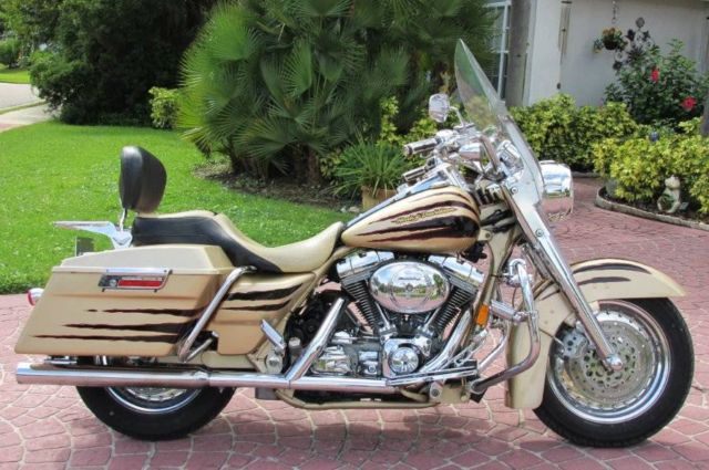 2003 Road King Screaming Eagle 100th Anniv Limited Edition