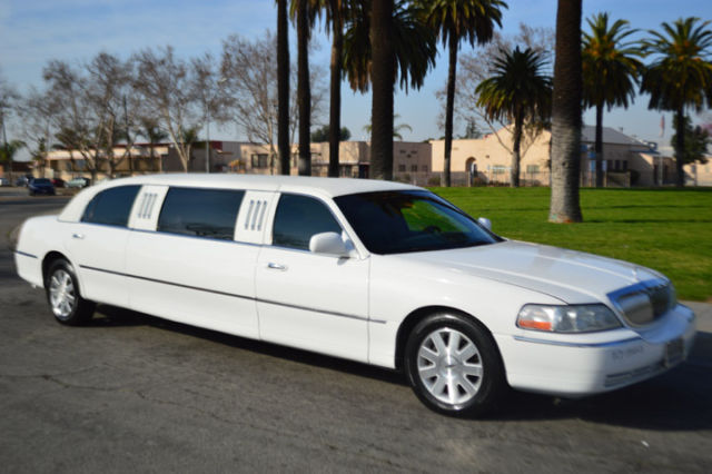 2004 6 Passenger Black 70 Inch Lincoln Limo For Sale 673