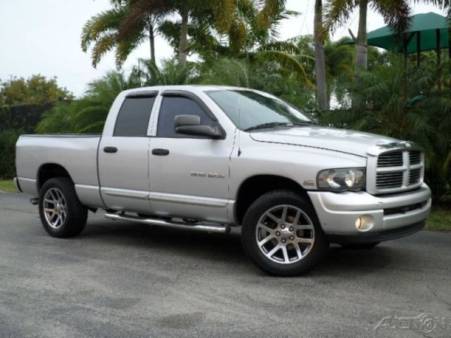 2004 dodge ram 1500 reviews and rating motor trend autos post. Black Bedroom Furniture Sets. Home Design Ideas