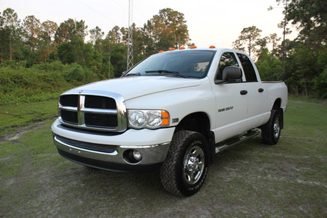 2004 dodge ram 2500 slt 4x4 hemi magnum 5 7l quad cab pickup low miles must see. Black Bedroom Furniture Sets. Home Design Ideas