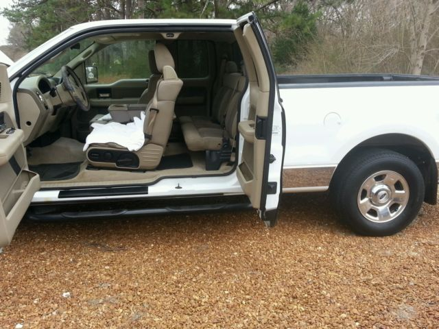 2004 ford f 150 xlt supercab 4 door 5 4 triton with chrome edition truck v8. Black Bedroom Furniture Sets. Home Design Ideas