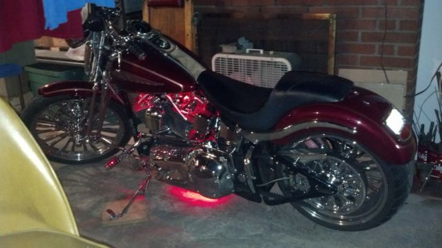 2004 Harley Davidson Springer Softail Fxsts W 240 Wide