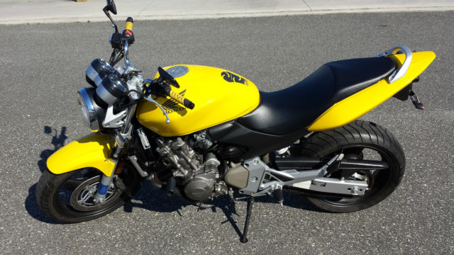 2004 Honda Hornet Cb600 Yellow Naked Sport Bike Low Mileage