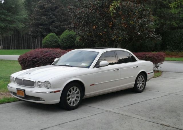2004 jaguar xj8 white w tan interior 4 year transferable. Black Bedroom Furniture Sets. Home Design Ideas