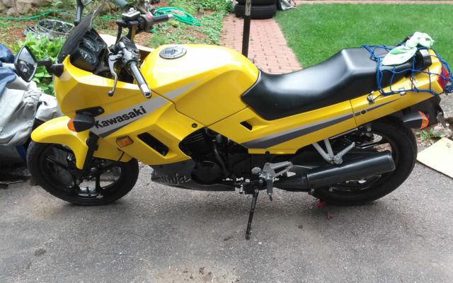 2004 Kawasaki Ninja Ex250 In Yellow With Silver And Black Accents