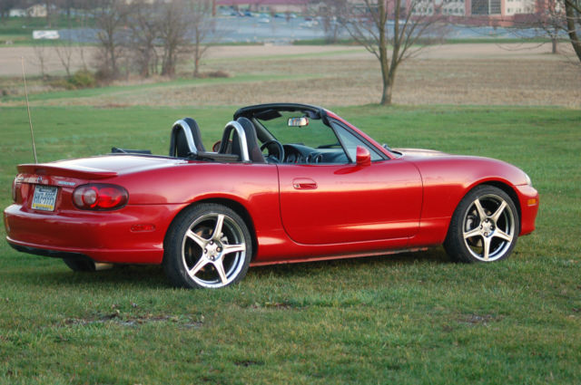 http://veh-markets.com/uploads/postfotos/2004-mazda-miata-mazdaspeed-mx-5-convertible-in-velocity-red-6.jpg