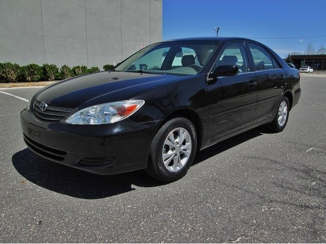 26+ 2004 Toyota Camry Xle Black