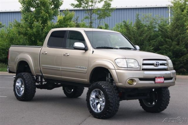 2004 TOYOTA TUNDRA SR5 4-DOOR **LIFTED**BIG TIRES**ONE OF ...