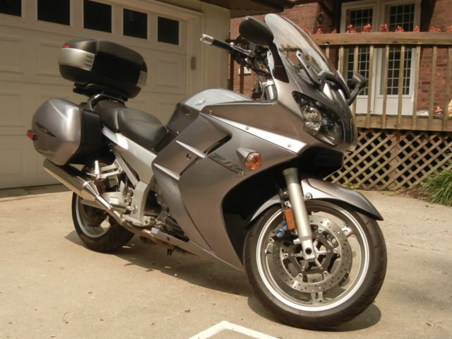 2004 yamaha fjr1300 sport touring motorcycle trunk for Yamaha sport motorcycles