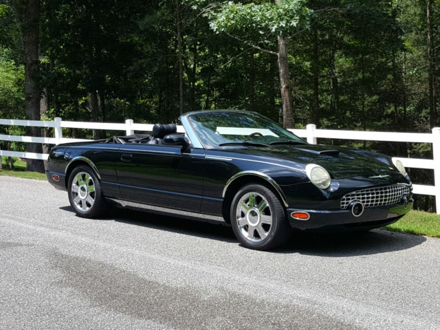 2005 anniversary edition ford thunderbird black red black 2005 anniversary edition ford thunderbird black red black interior 33k mi sciox Image collections
