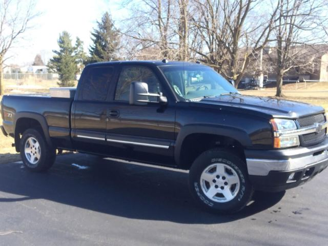2005 chevrolet silverado 1500 lt extended cab pickup 4 door 5 3l z71. Black Bedroom Furniture Sets. Home Design Ideas